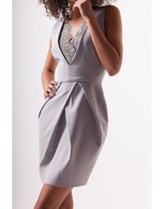 sukienka-z-gipiurowym-dekoltem.jpg
