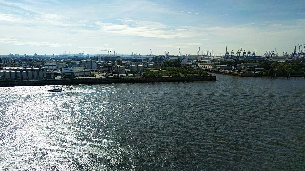 Hamburg, port.jpg