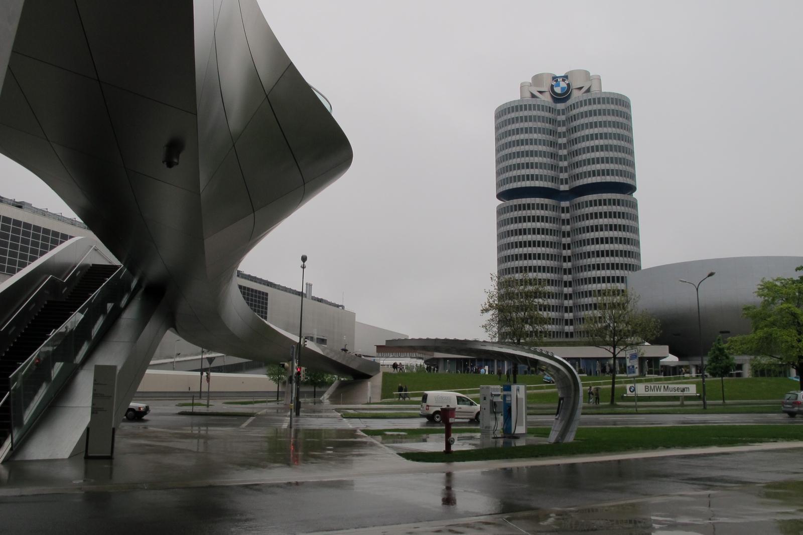 Monachium BMW 1.jpg