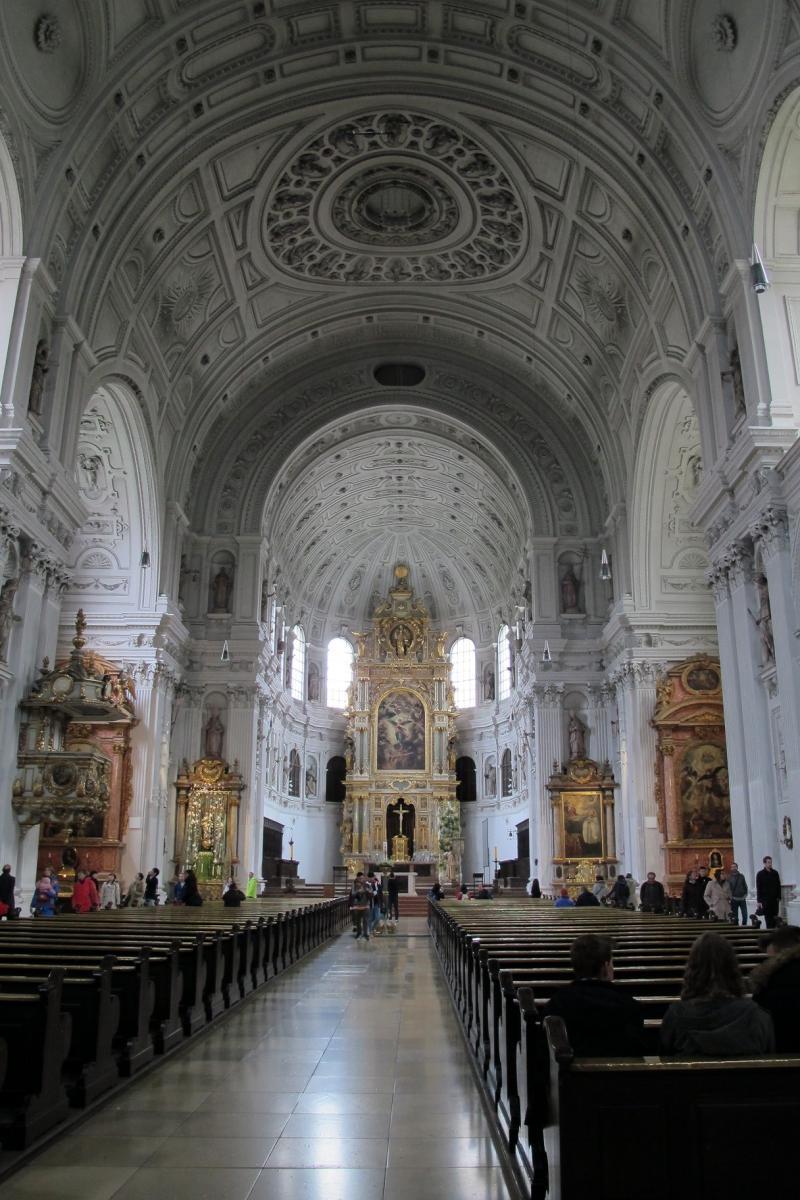 Kościół św. Michała, Monachium.jpg